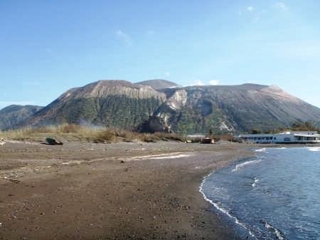 4° Giorno: Escursione a Lipari e Vulcano