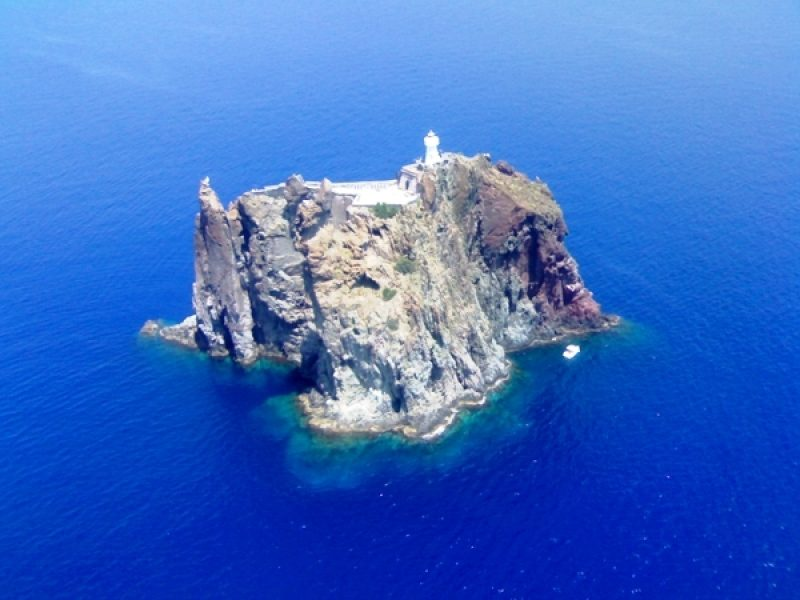 Tour from the sea of Panarea and visit of Stromboli