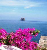 Ansicht von Strombolicchio, Äolische Inseln